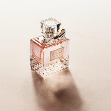 Comment offrir un parfum à sa copine ?
